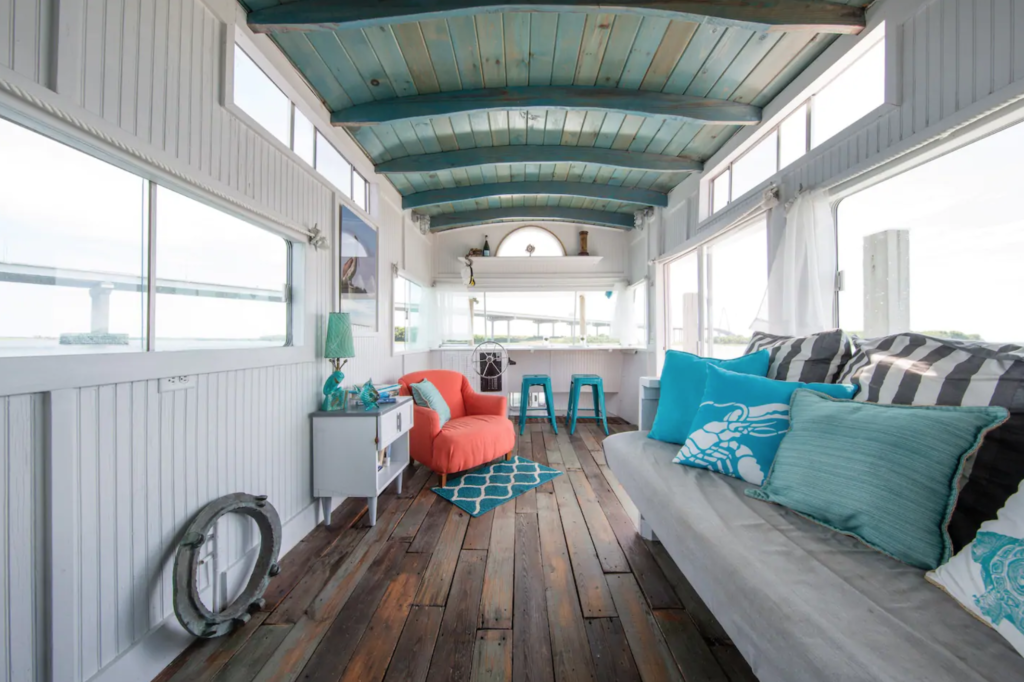 Inside the A Pirate's Life For Me Houseboat listing.