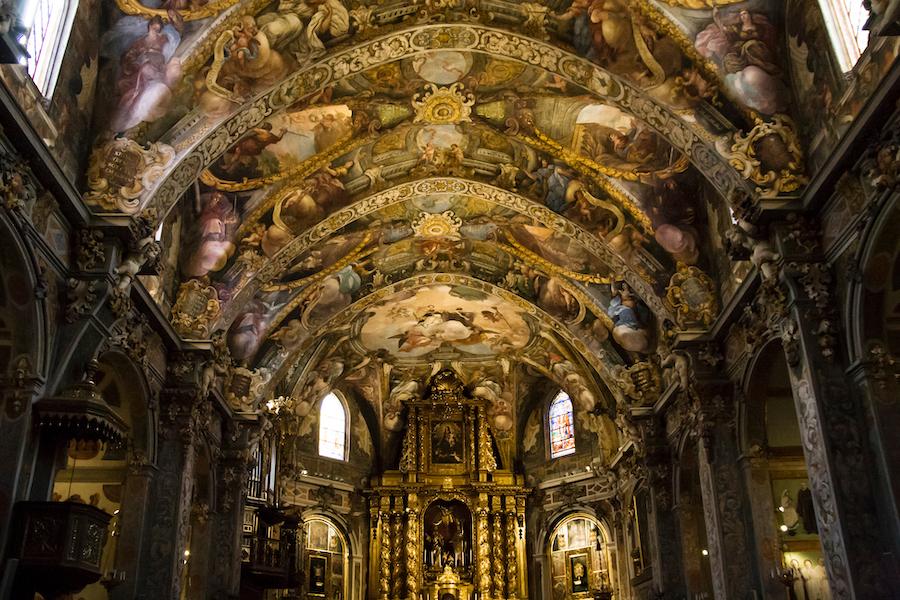 Inside the Church of San Nicolas de Bari.