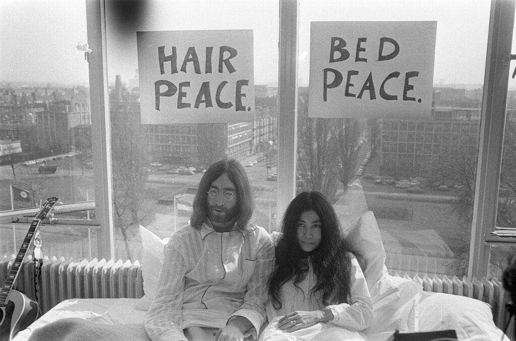 John and Yoko in the Hilton Amsterdam.