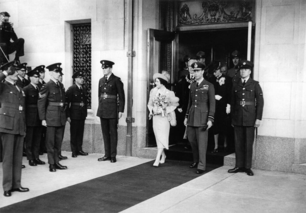 King George VI and Queen Elizabeth at Hotel Vancouver.