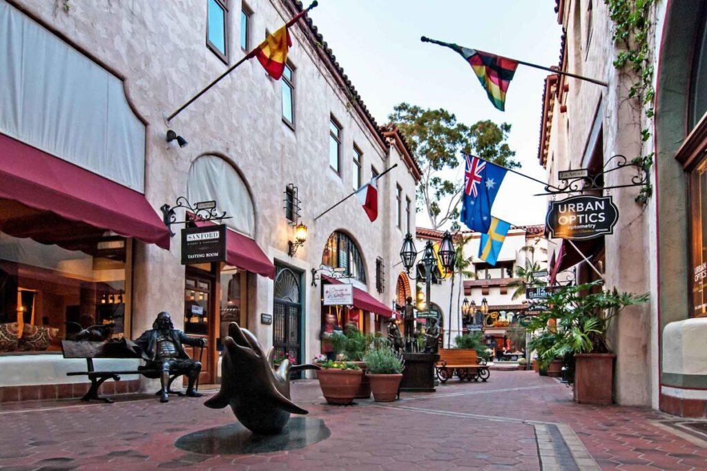 La Arcada Courtyard in Santa Barbara, California.
