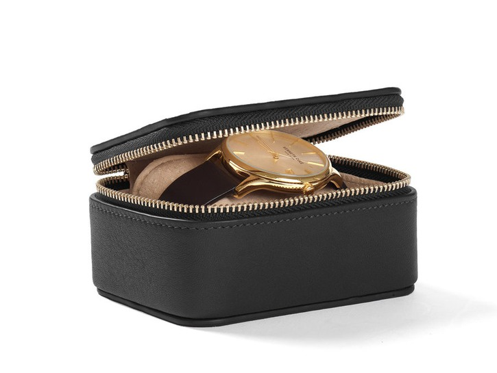 Leatherology brown watch box