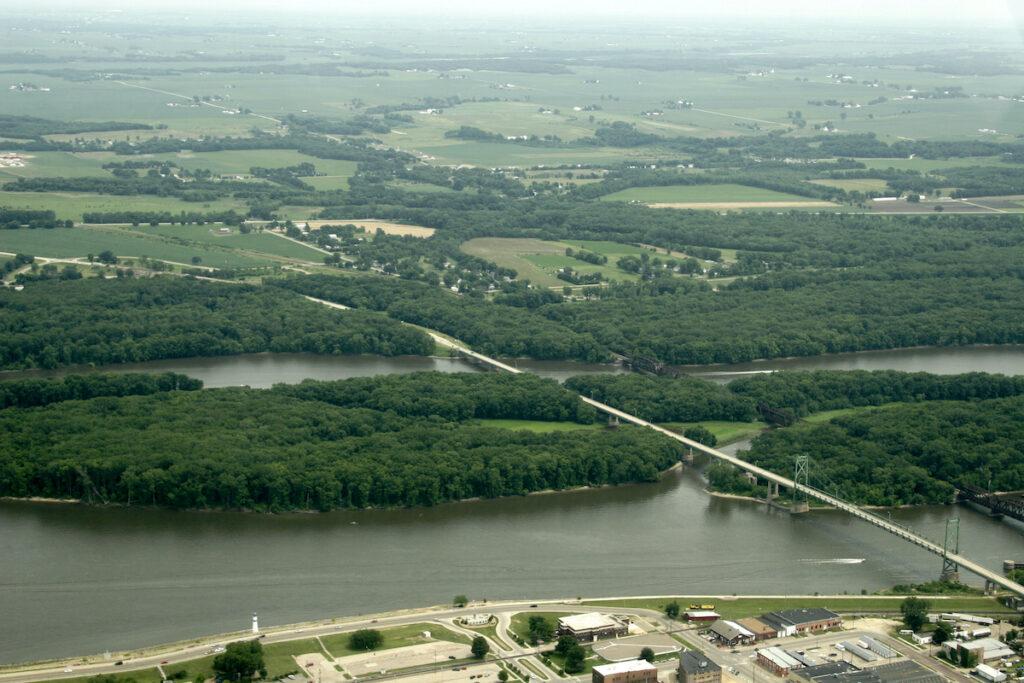 Lincoln Highway, Clinton, Iowa.