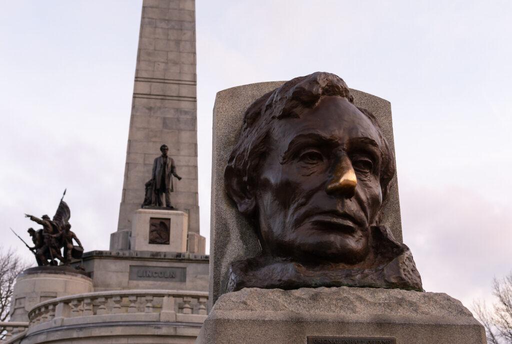 Lincoln's tomb, Springfield, IL.