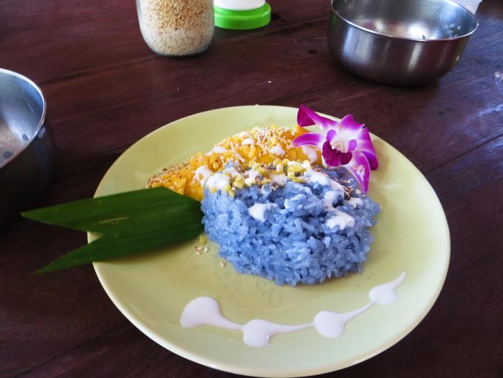 Mango sticky rice, or Khao Niaow Ma Muang