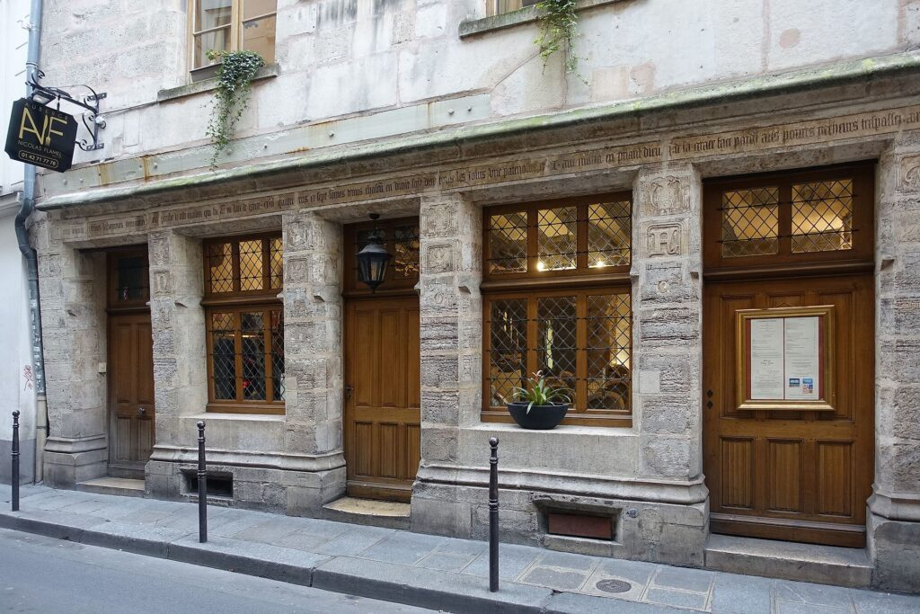 nicolas flamel house in paris