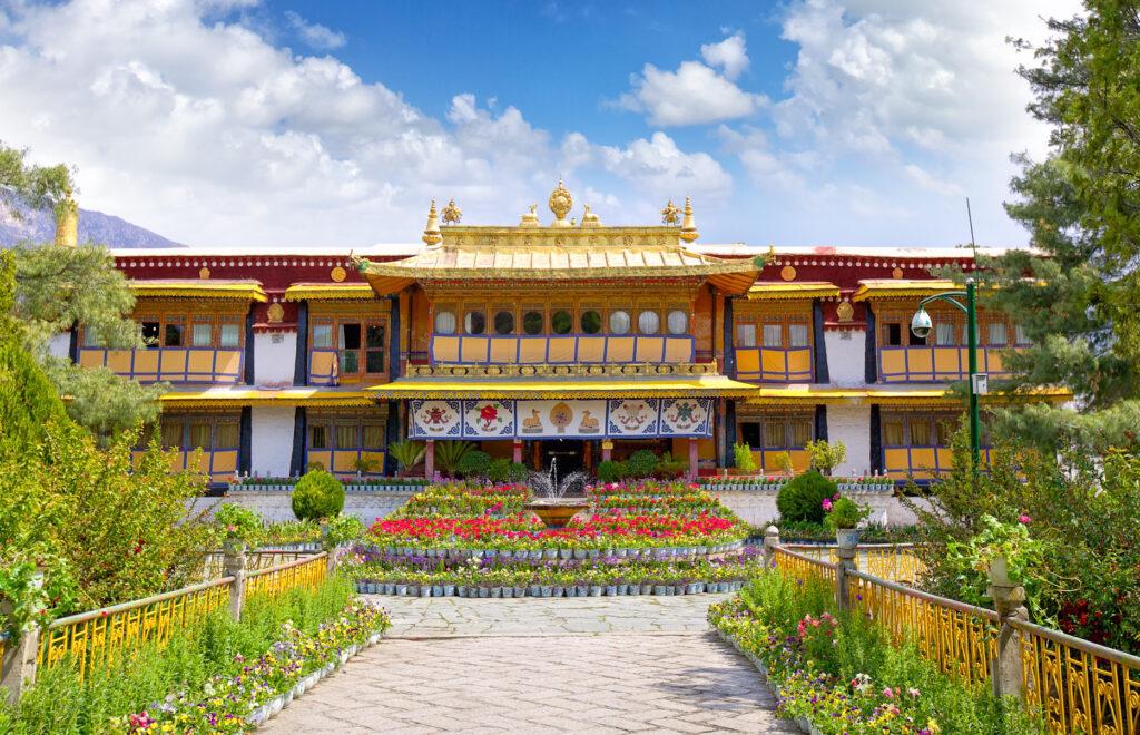 Norbulingka in Tibet.