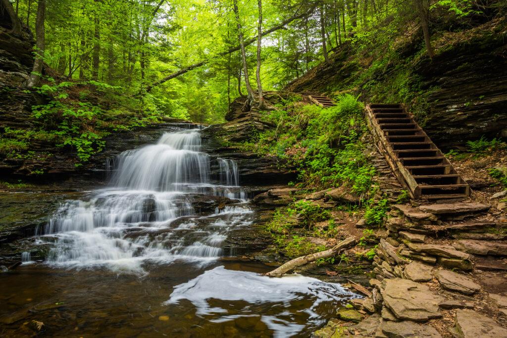Onondaga Falls in the Poconos.