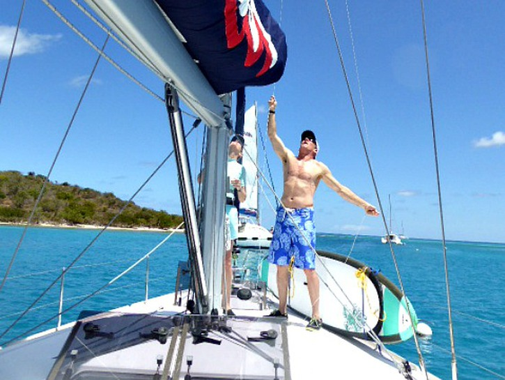 packing tips for worry free sailing vacations when sailing your own boat