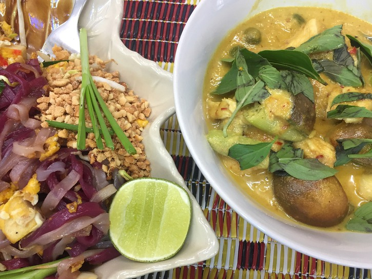 Pad Thai and chicken curry.
