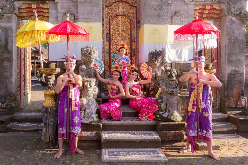 Performers at the Ubud Palace.