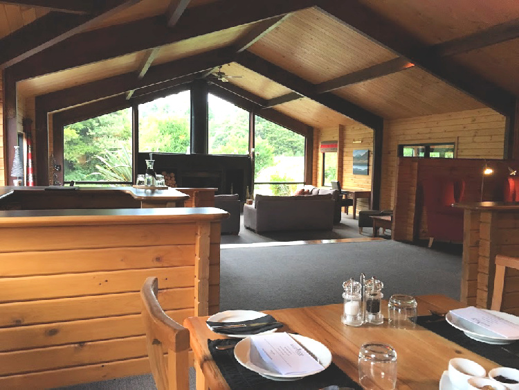 places to stay on south island new zealand like westwood lodge
