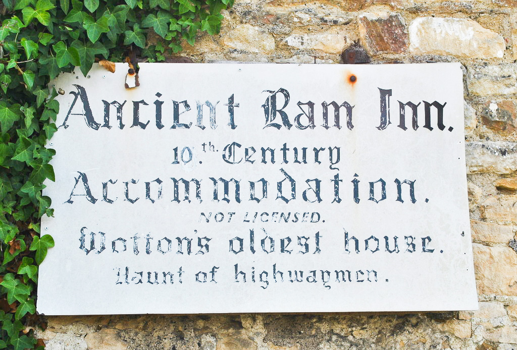 Plaque at the Ancient Ram Inn.
