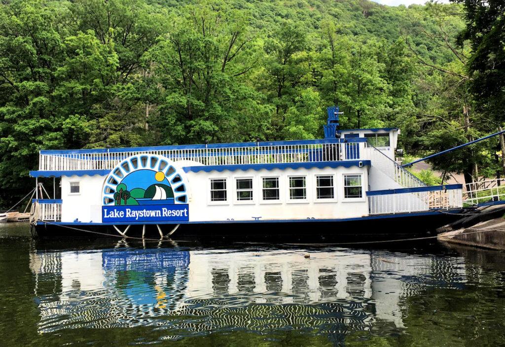 Proud Mary cruise, Raystown Lake, Pennsylvania.