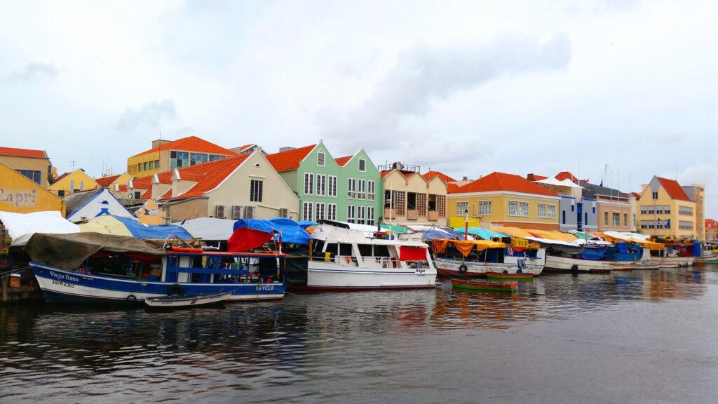 Punda, Curacao's floating market
