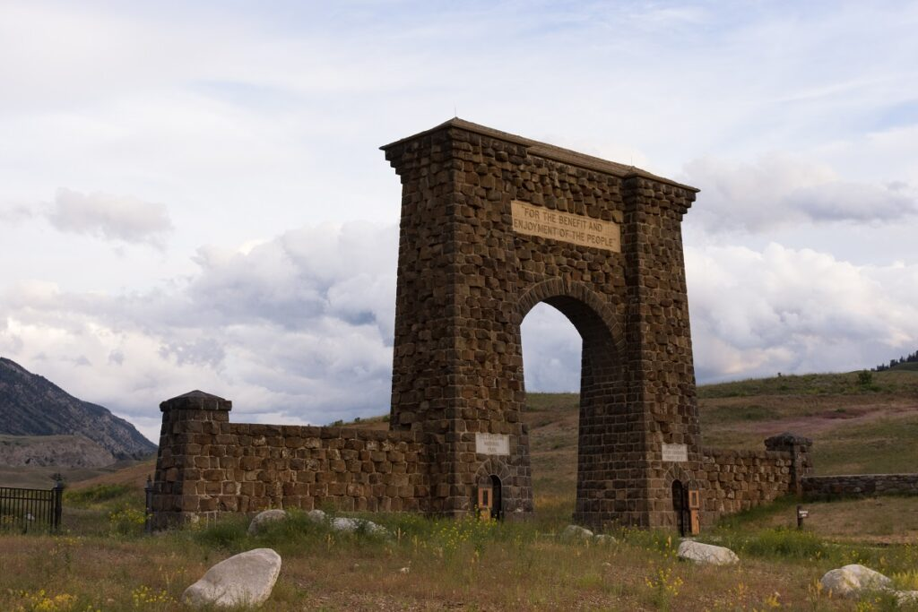 Roosevelt Arch Yellowstone entrance.