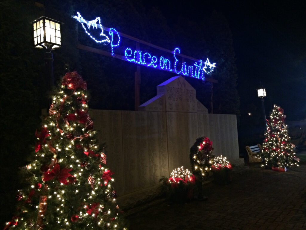 Saxton Honor Roll Christmas in Pennsylvania.