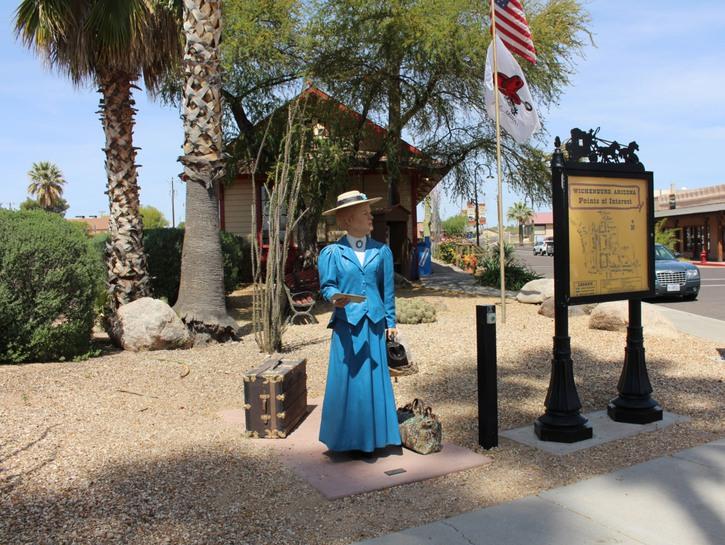 """Schoolteacher """"talking statue"""" in Wickenburg, Arizona."""