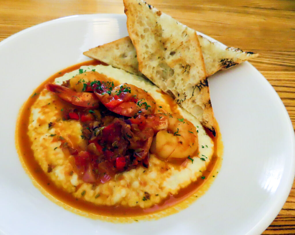 Shrimp and grits from Foode