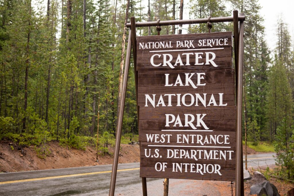 Sign at the entrance of Crater Lake.