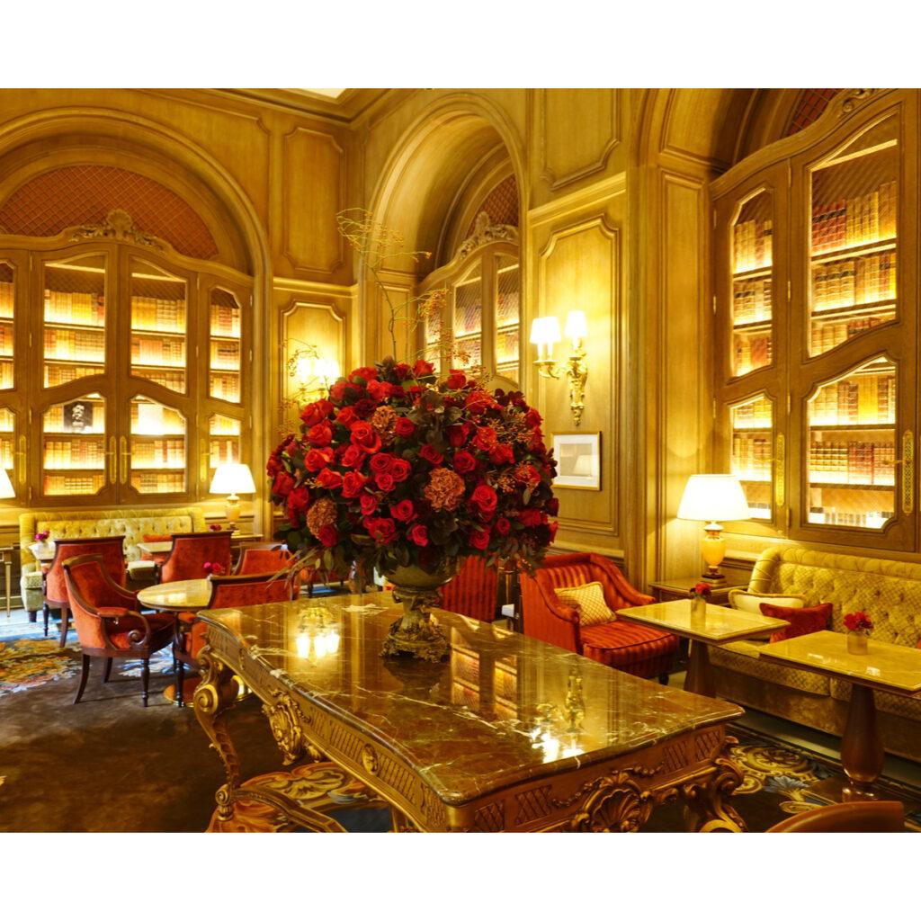 Sitting room at Hotel Ritz Paris.