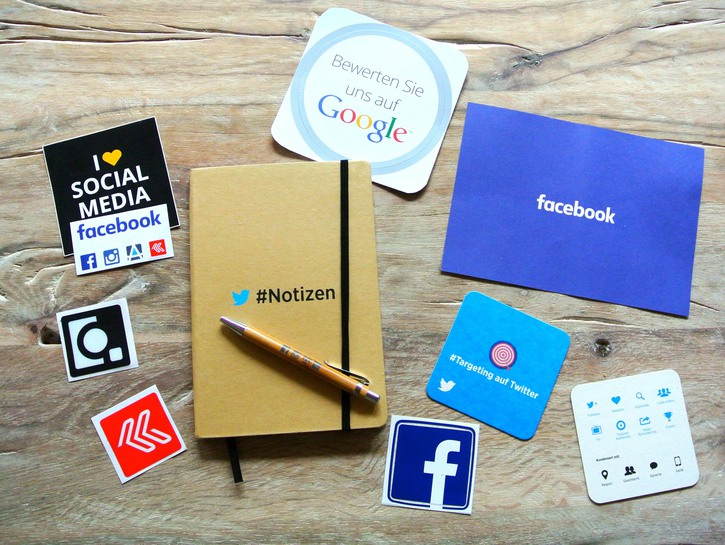 Social media labels on notebooks