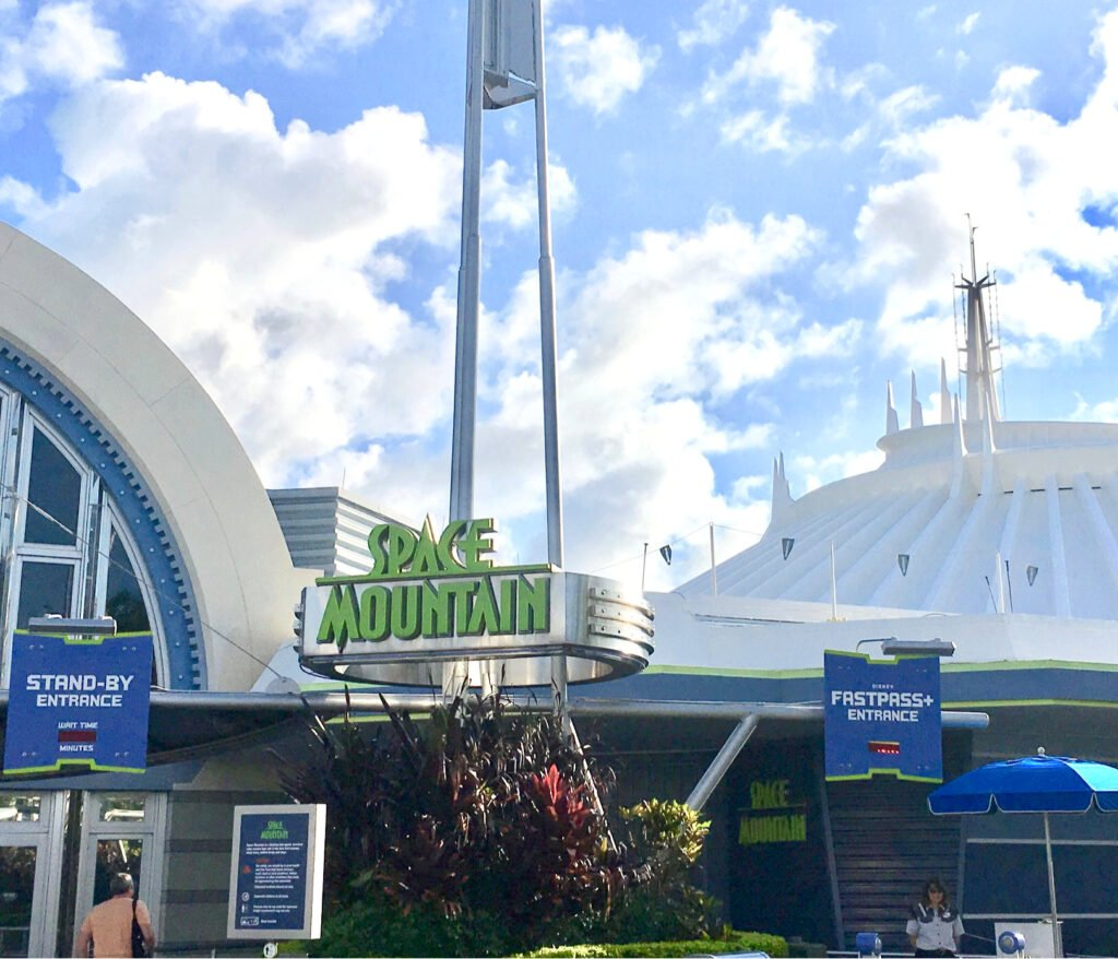 Space Mountain's fast pass entrance.