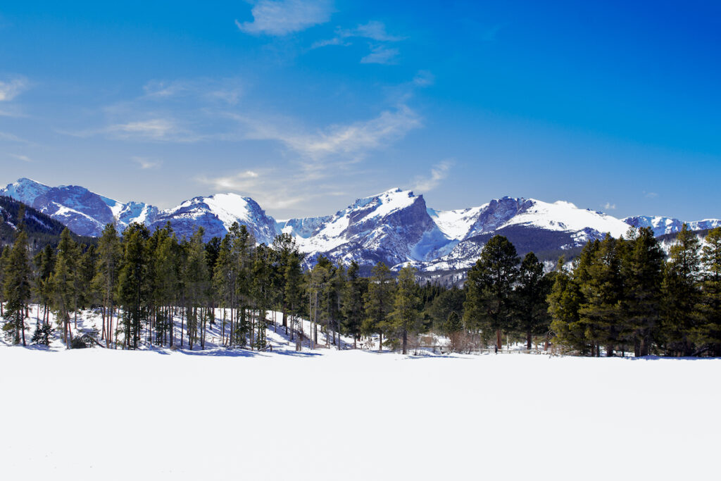 Sprague Lake in Estes Park, Colorado, during winter.