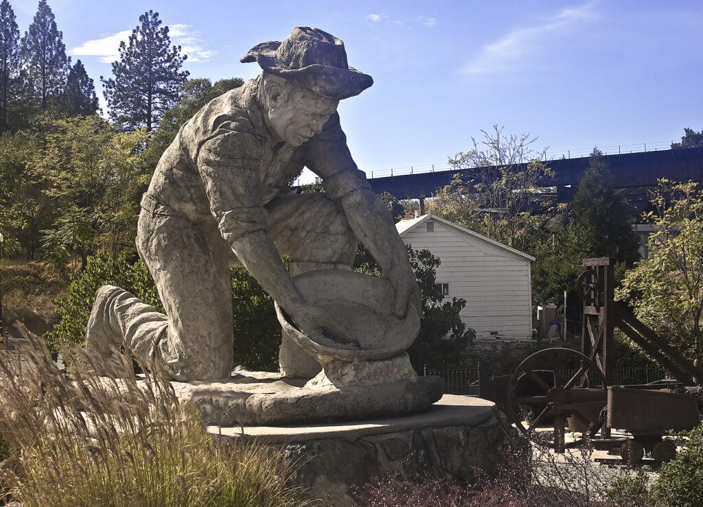 Statue of a gold miner in Auburn, California.