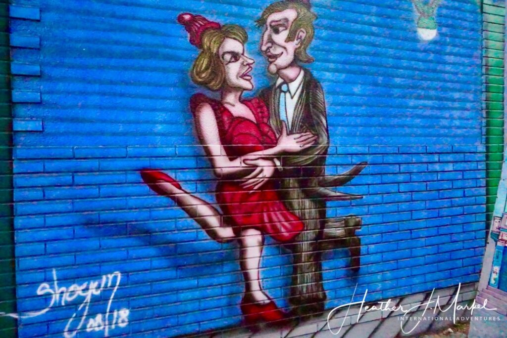 Street art of tango dancers in Buenos Aires.
