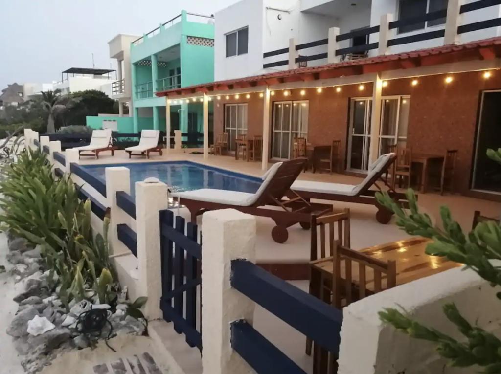 Studio Number One, a beach rental in Isla Mujeres.