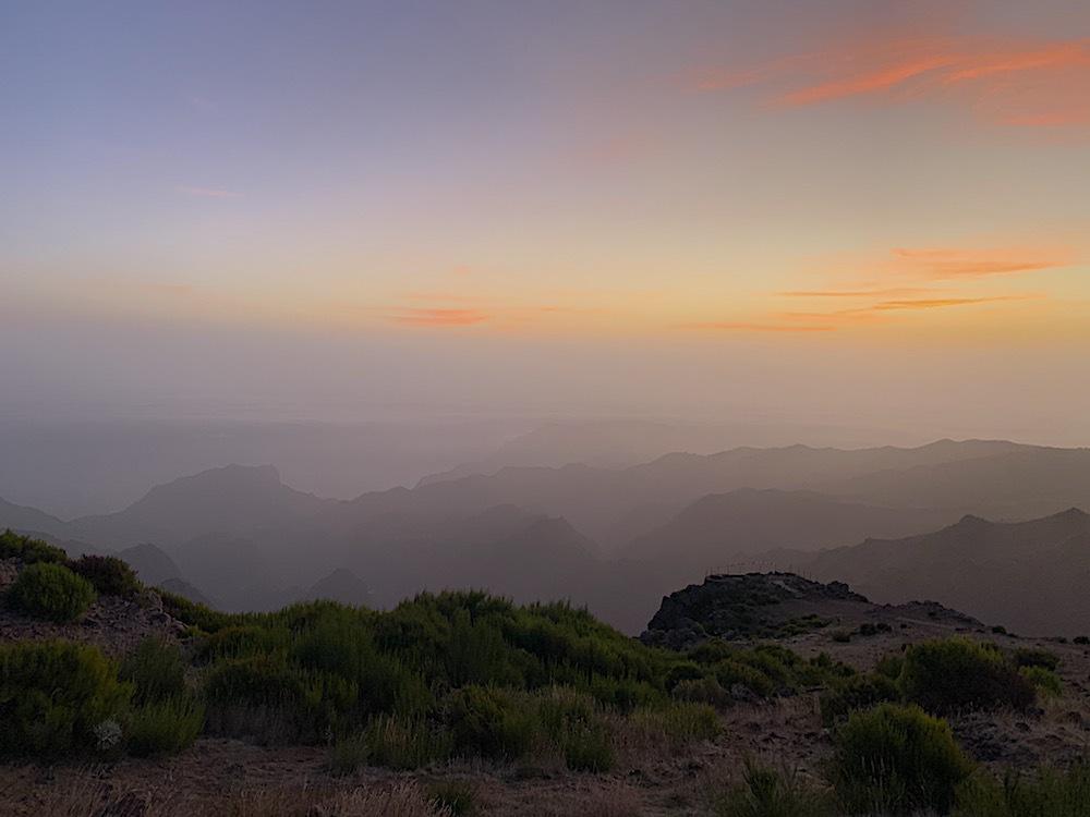 Sunrise on Pico do Arieiro.