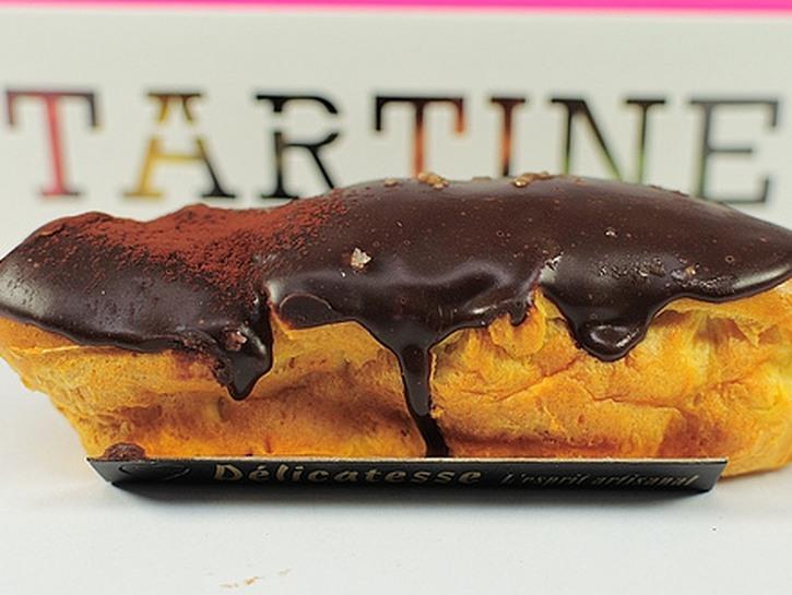 Tartine's vanilla cream éclair with Valhrona glaze