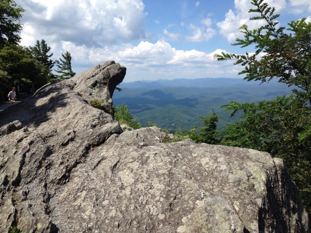 The Blowing Rock along the Blue Ridge Parkway.