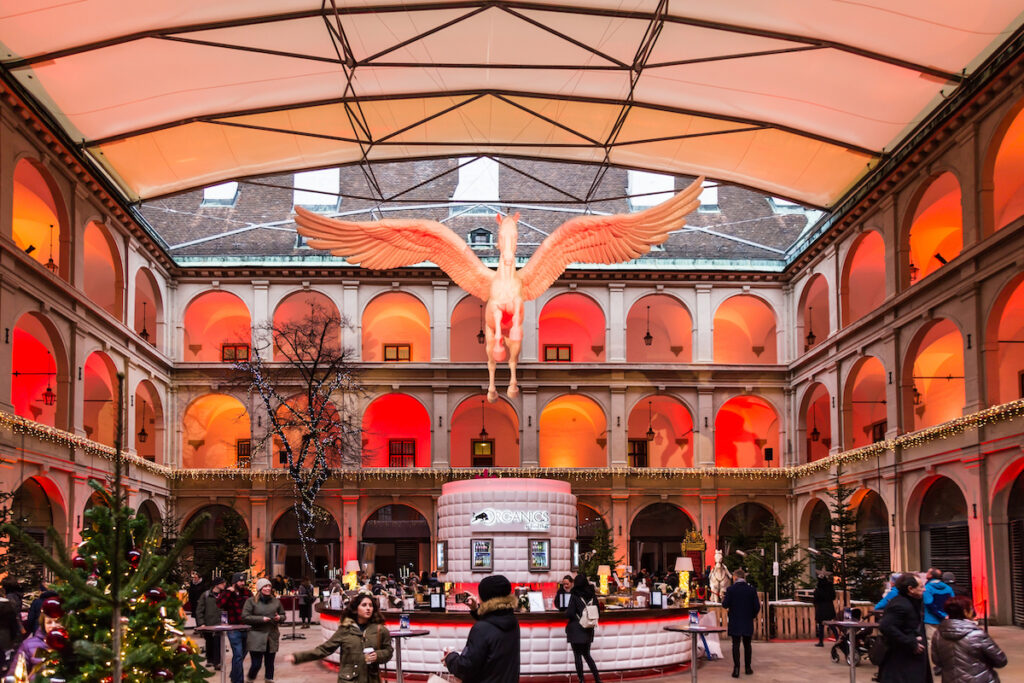 The Christmas market at the Spanish Riding School.