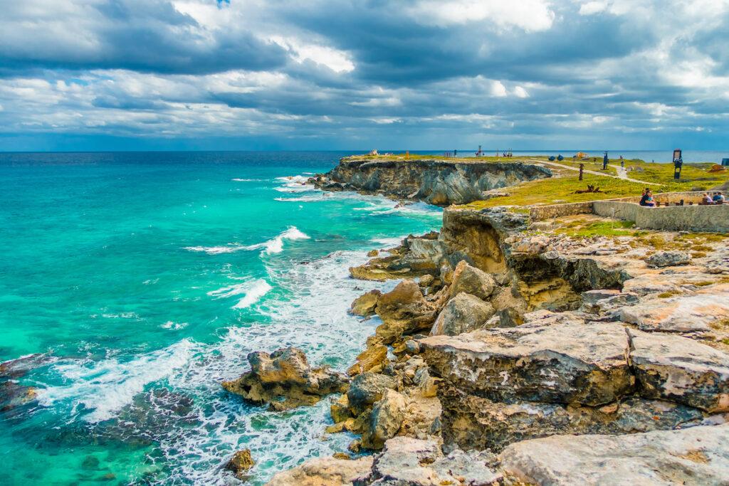 The cliffs along the coast of Isla Mujeres.