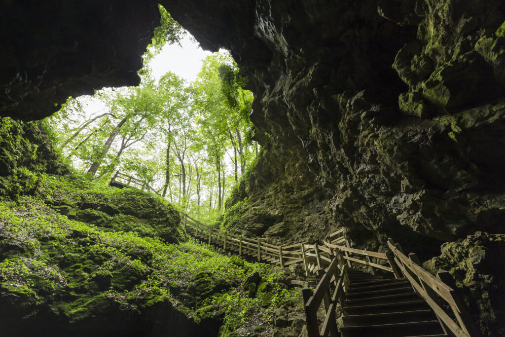 The entrance to Maquoketa Caves.