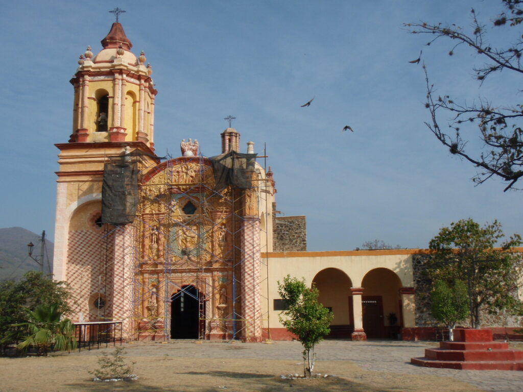 The exterior of Jalpan Mission.