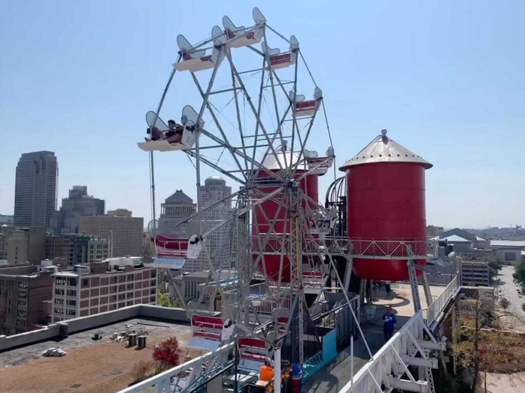 The ferris wheel on the roof of the City Museum.