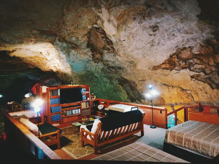 The Grand Canyon Caverns Cave Hotel Room