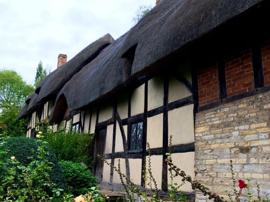 The home of Anne Hathaway near Stratford-Upon-Avon.
