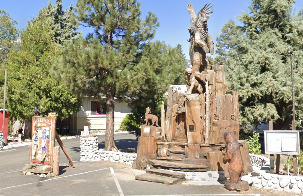 The Idyllwild Town Monument.