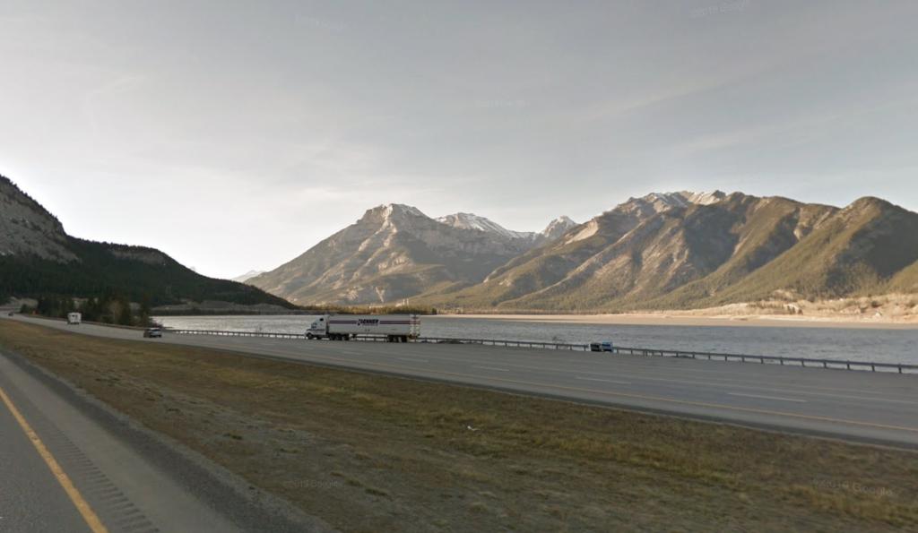 The Las Des Arcs highway pullover area.