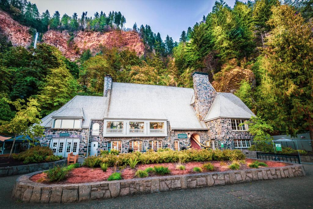 The lodge at Multnomah Falls.