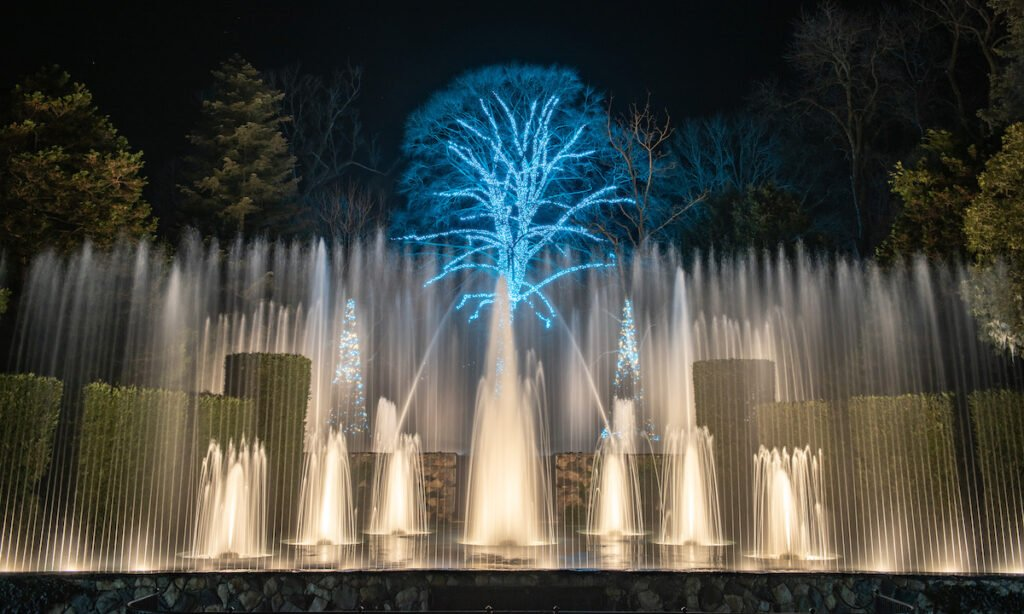 The outdoor fountain at Longwood Gardens during Christmas.