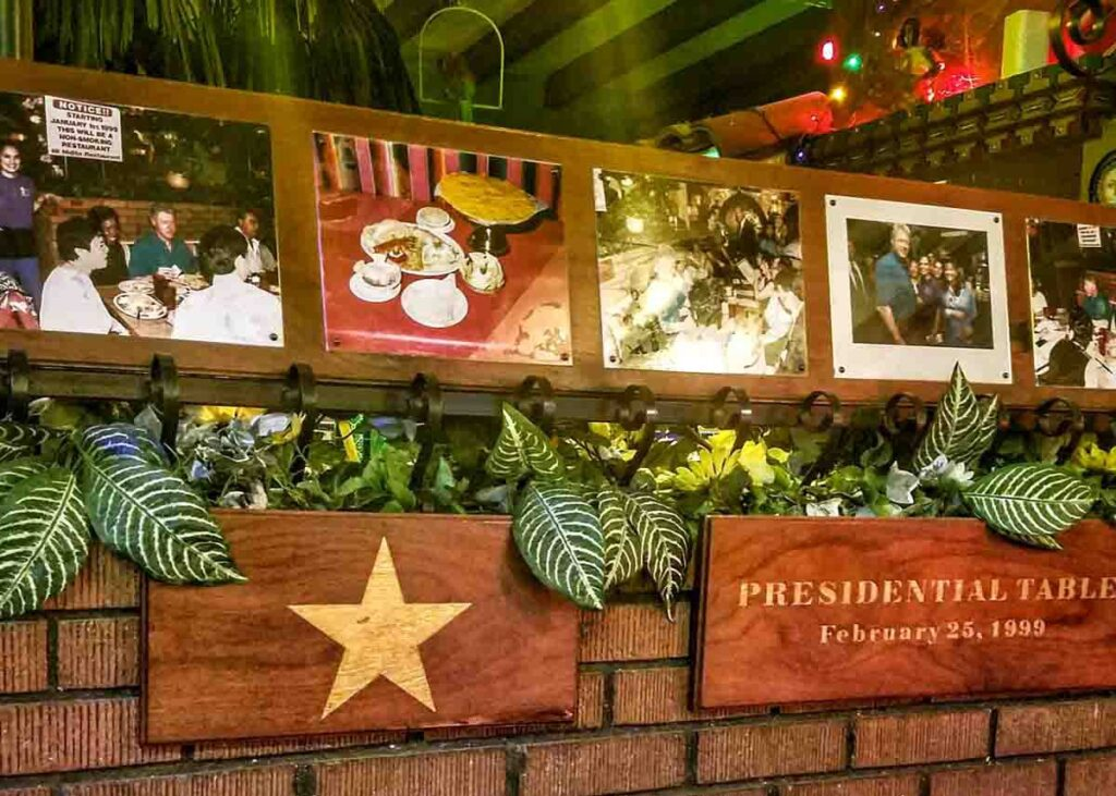 The presidential table in Tuscon's Mi Nidito.