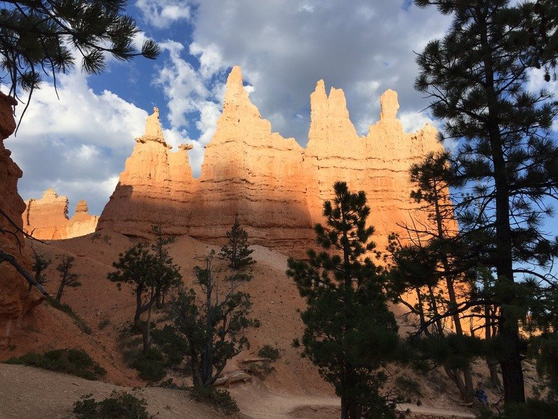 The Queen's Garden Trail in Bryce Canyon, Utah.