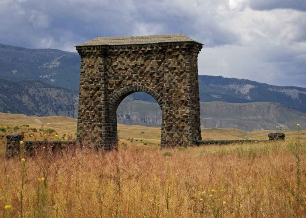 The Roosevelt Arch in Yellowstone National Park.