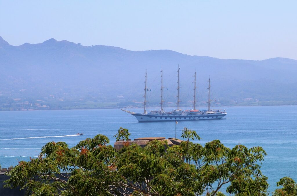 The Royal Clipper, the world's largest luxury clipper.