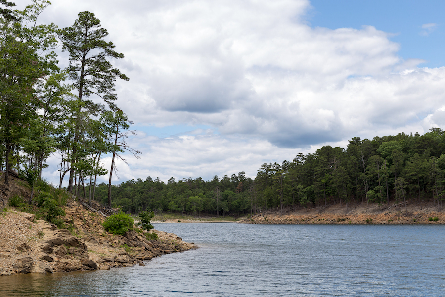 The shoreline of Broken Bow Lake in Beavers Bend State Park.